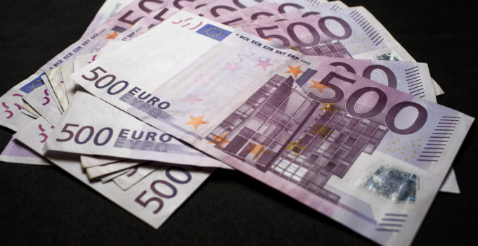 Five Hundred Euro Banknotes The European Central Bank Plans To Phase Out